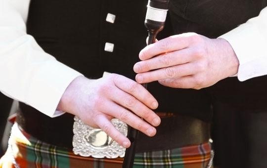 Un ancêtre ou un ami écossais ? Découvrez l'origine de son nom !