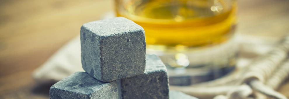Glaçons ou pierres à whisky: le débat!