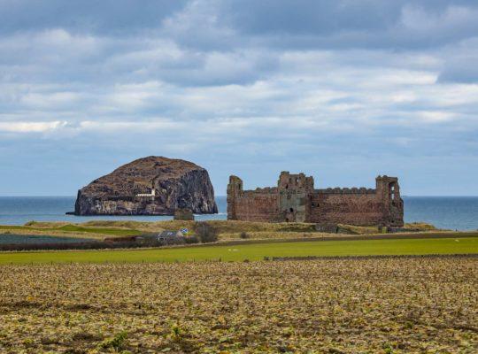 Tantallon Castle et Bass Rock: fantômes et prisonniers