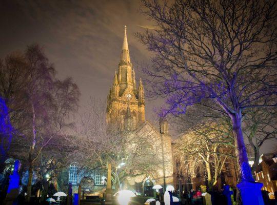 À Aberdeen, le cimetière s'illumine