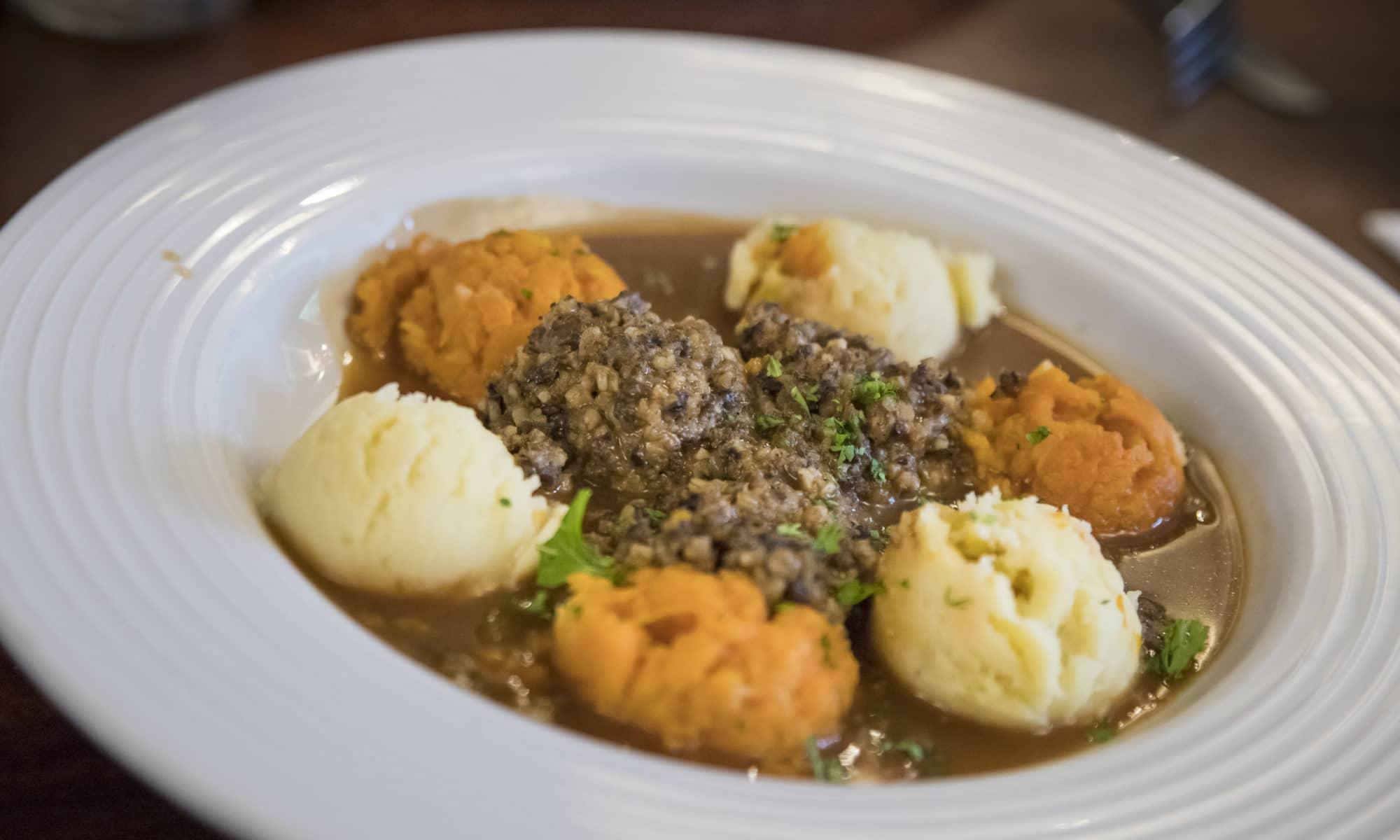 Le haggis plat traditionnel écossais