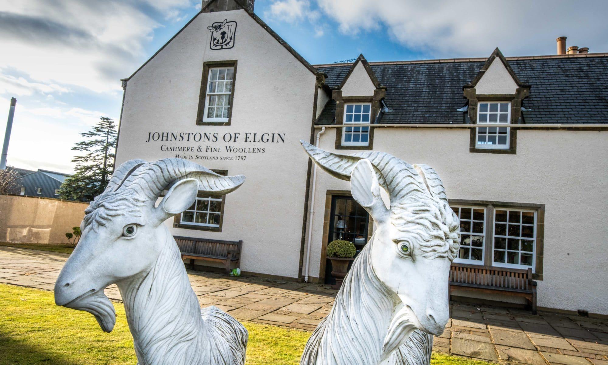 Dans les ateliers de Johnstons of Elgin un cachemire réputé